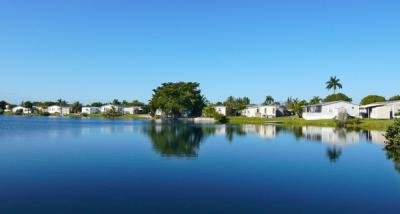 Mobile Home Dealer in Davie FL