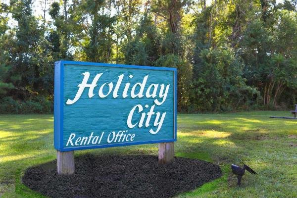 HolidayCityMHP Mobile Home Dealer in Jacksonville, NC