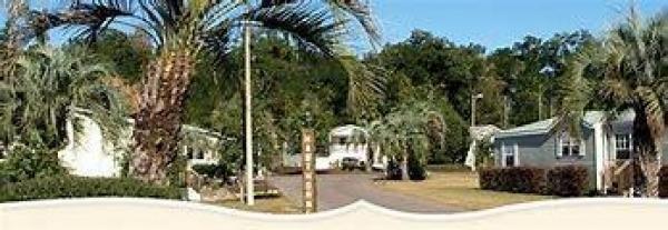 Hawthorne Hills Mobile Home Dealer in Deland, FL
