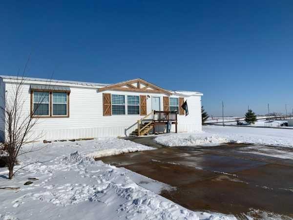 Red Hawk Estates Mobile Home Dealer in Old Monroe, MO