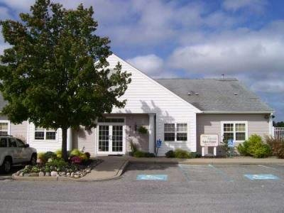 Perry's Lake mobile home dealer with manufactured homes for sale in Manahawkin, NJ. View homes, community listings, photos, and more on MHVillage.