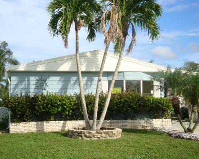 Mobile Home Dealer in Naples FL