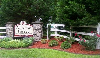 Autumn Forest mobile home dealer with manufactured homes for sale in Browns Summit, NC. View homes, community listings, photos, and more on MHVillage.