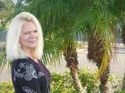 Listed By Michelle Waldron of Sunset Mobile Home Sales